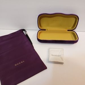 Gucci velvet eyeglass sunglass case purple Authent
